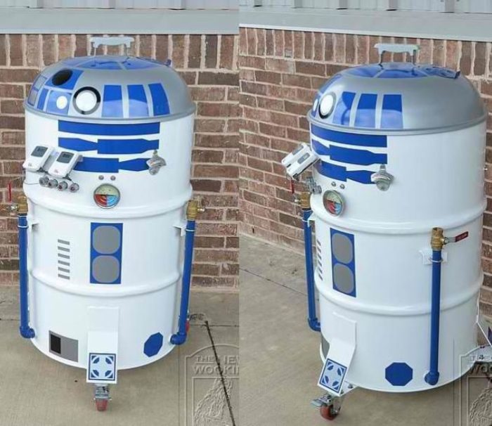 R2 D2 Portable Barbecue Smoker