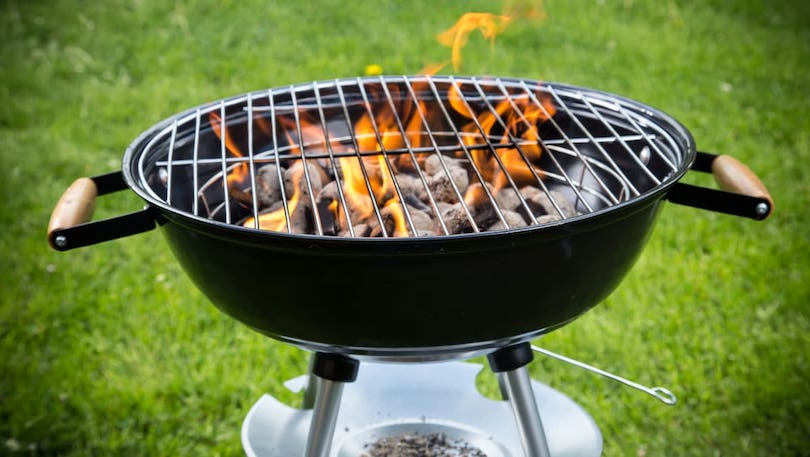 Gas Grill Vs Charcoal Grill_2